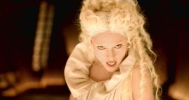 Madonna Bedtime